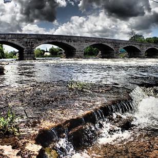 five-span-bridge-in-pakenham.jpg