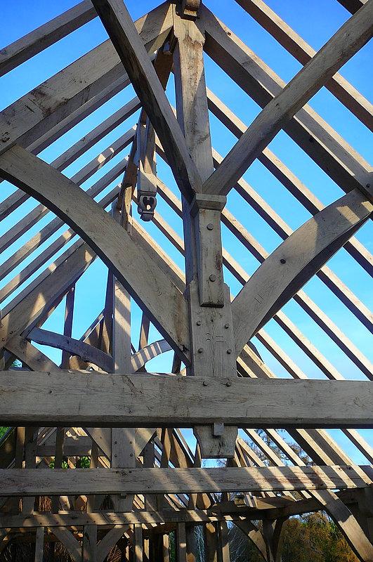 Oak King Post Roof