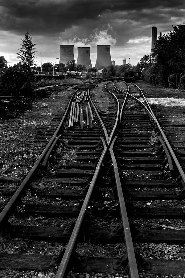 didcot cooling towers.jpg