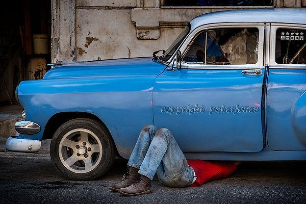 cuba claasic car repair.jpg
