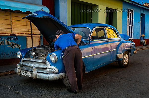 cuba car repair_II.jpg