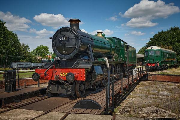 train photography.jpg