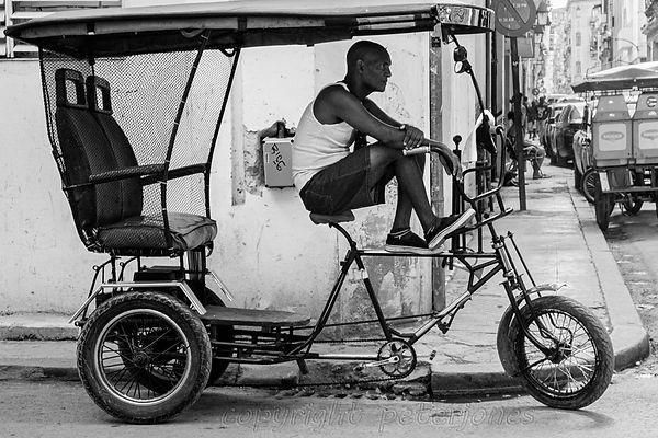 taxi in havana.jpg