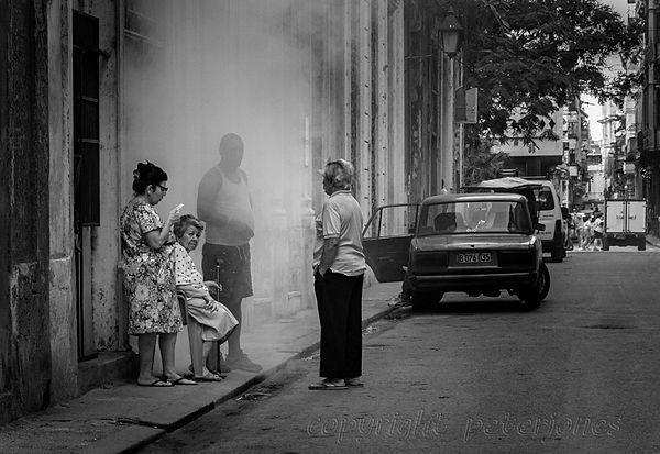 cuban street scene.jpg