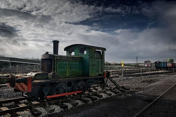 train photography_V.jpg