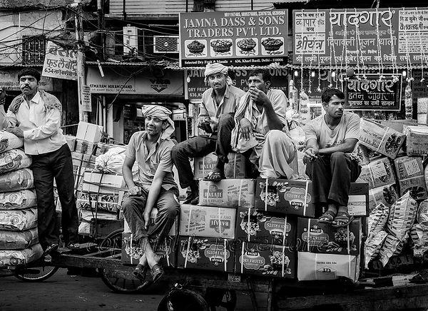 delhi street photography.jpg