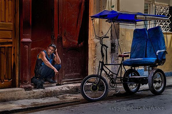 cuba street scene.jpg