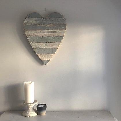 GREY STRIPE BEACH SHACK HEART