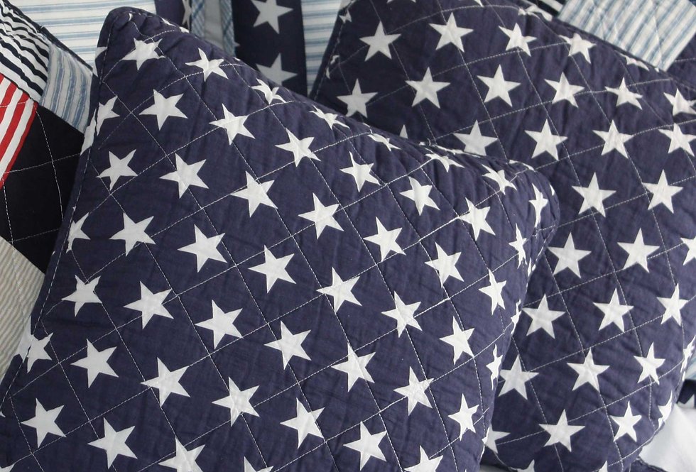 CAPE COD QUILTED STAR CUSHION