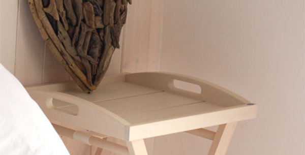 WHITE WASHED TRAY TABLE