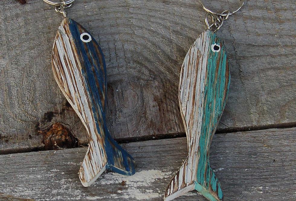 HAND CARVED WOODEN FISH KEYRING