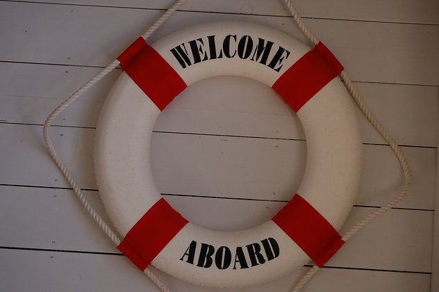 WELCOME LIFE BUOY - RED