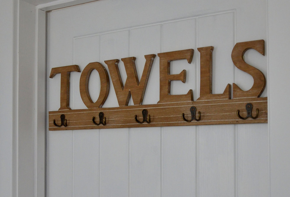 TOWEL WALL PLAQUE & HOOKS