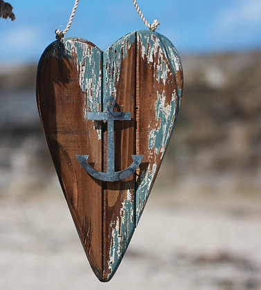 RUSTIC ANCHOR HEART