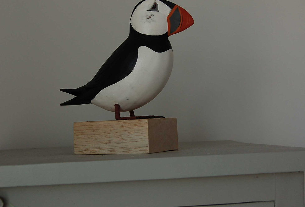 HAND CARVED PUFFIN