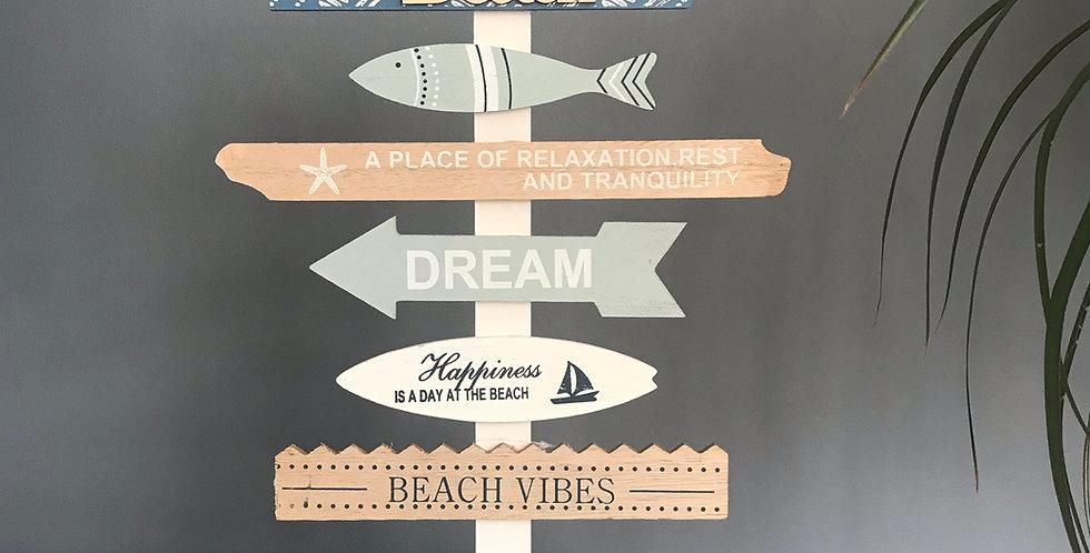 BEACH ARROWS SIGNPOST