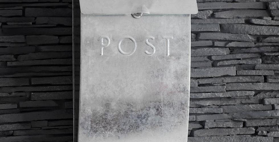 GALVANISED POST BOX WITH LOCK