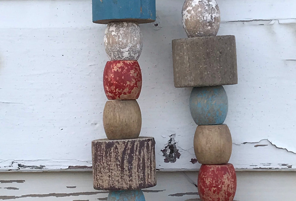 WOODEN FISHING FLOATS CHAIN