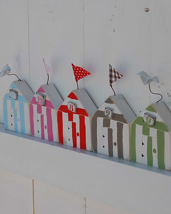 HANDMADE LITTLE BEACH HUTS