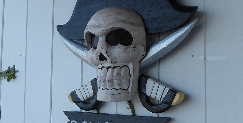 PIRATE SKULL WOODEN BOYS ONLY SIGN