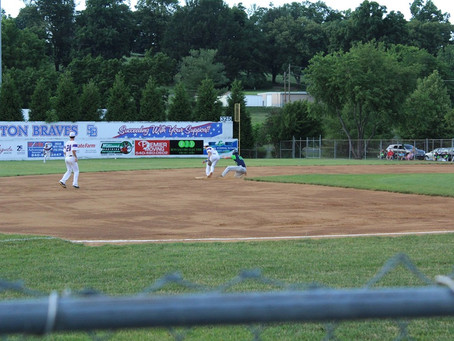 Czech, Showalter Lead Braves Past Tom Sox
