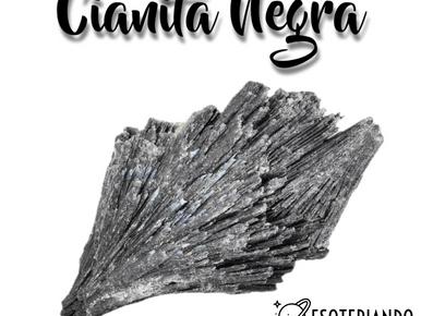 Cianita Negra ou Vassoura de bruxa cristal para limpeza e proteção