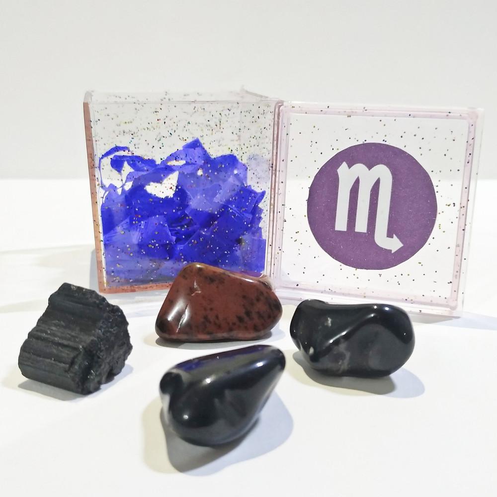 O kit do signo de escorpião contém 4 pedras que potencializam suas qualidades e neutralizam os excessos.