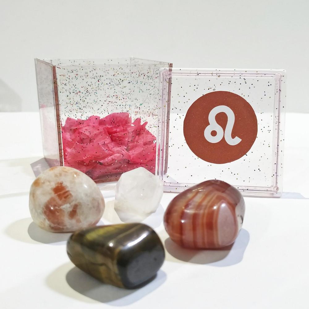 O kit do signo de Leão contém 4 pedras que potencializam suas qualidades e neutralizam os excessos.