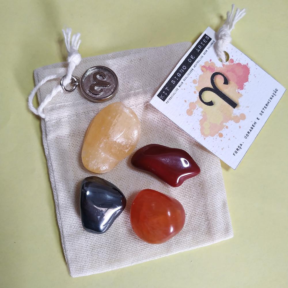 desenvolvido por nossa Astróloga Michelle Cristina contém 4 pedras que potencializam suas qualidades e neutralizam os excessos.