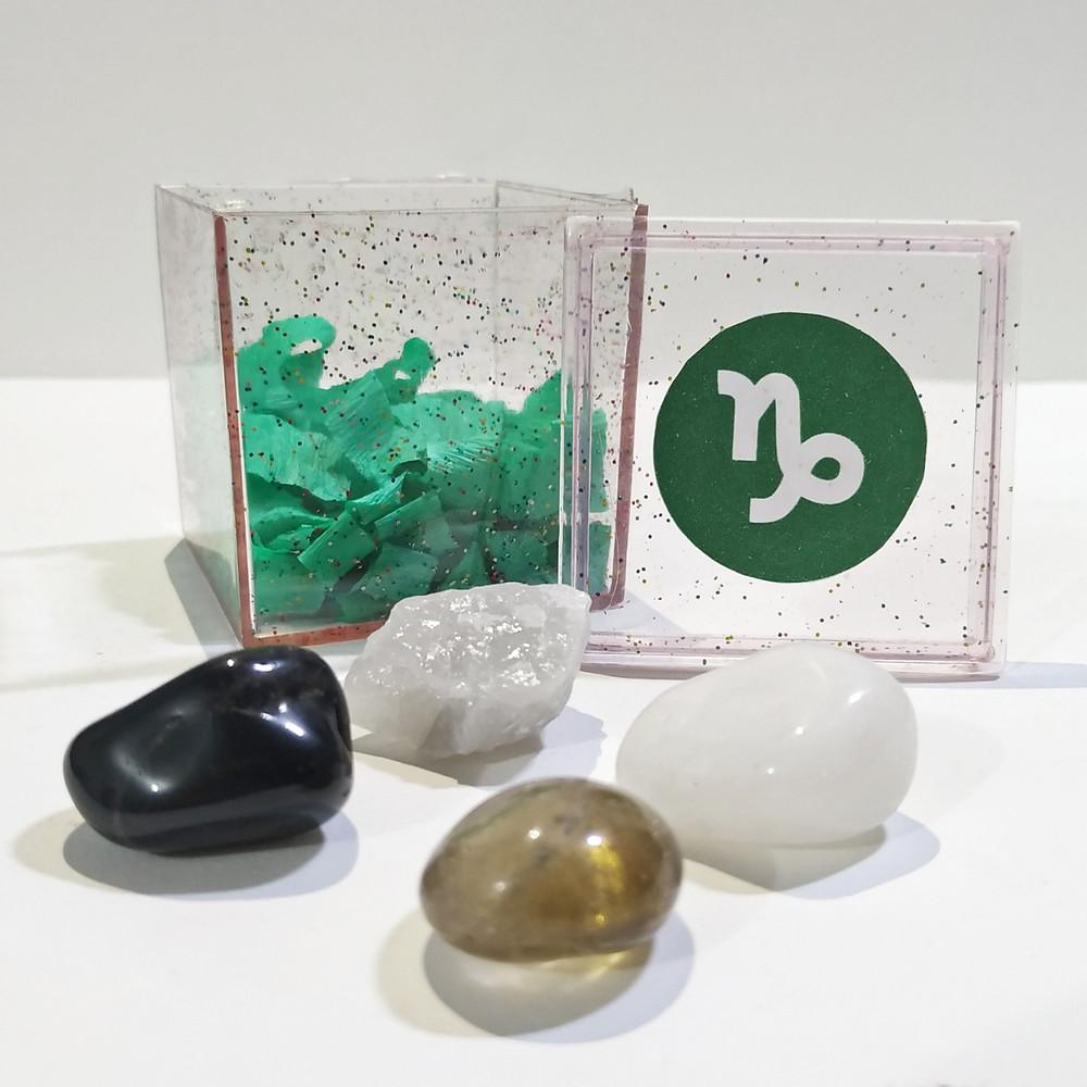 O kit do signo de capricórnio contém 4 pedras que potencializam suas qualidades e neutralizam os excessos.