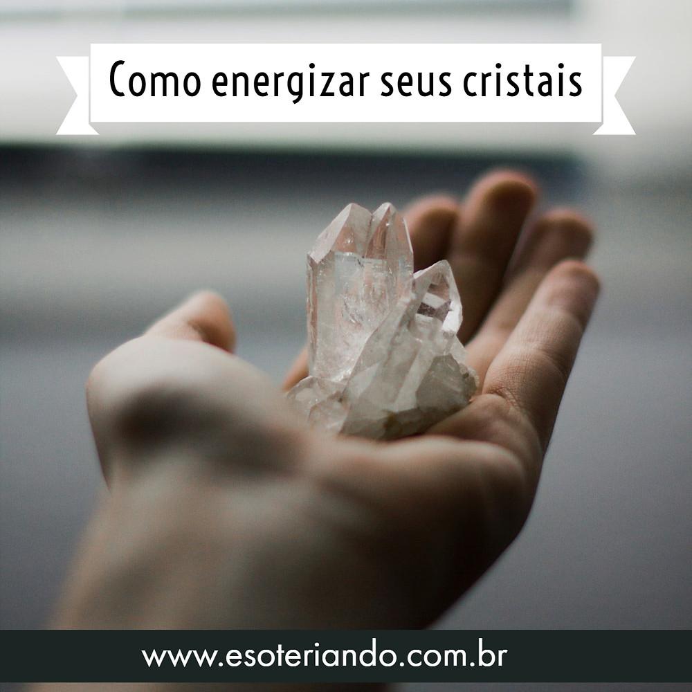 Depois que seu cristal estiver limpinho, independente da maneira escolhida para limpa-lo, é importante energiza-lo.