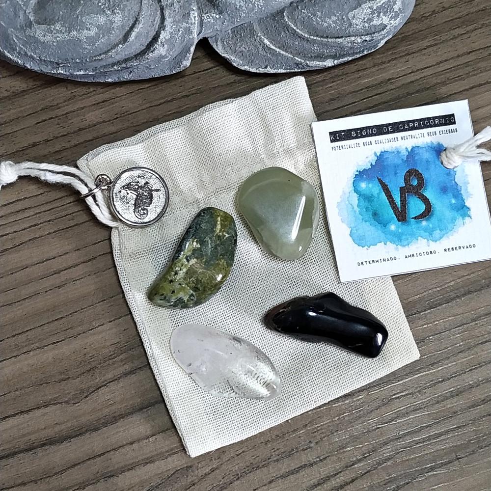 desenvolvido pela nossa Astróloga Michelle Cristina contém 4 pedras que potencializam suas qualidades e neutralizam os excessos.