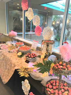 Dessert Linens, Decor & Florals