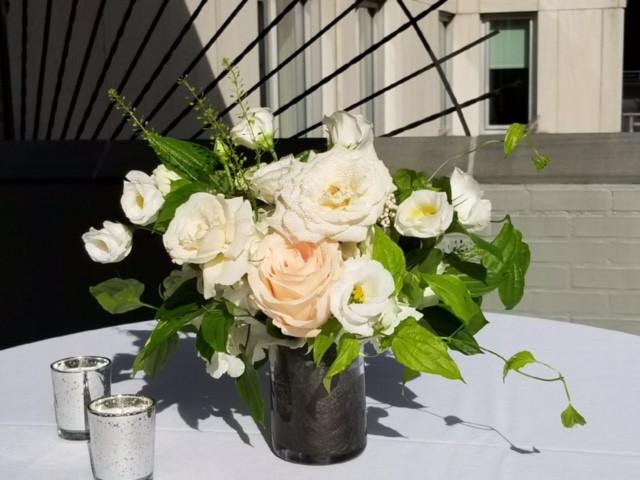 cooktail flower arrangement idea