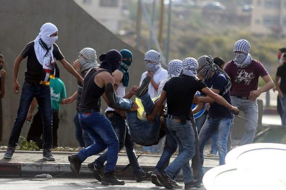Pertempuran pejuang Palestin menentang pengganas Israel