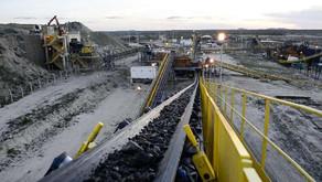 Nordestina: Grupo armado invade mineradora, rouba cofre e foge com reféns