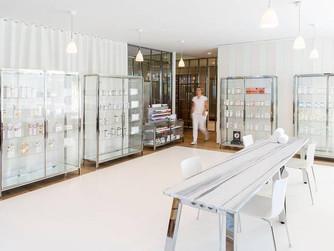 Baie d'Arcachon, la marque bio anglaise Ren Skincare vient d'ouvrir son premier Spa en France.