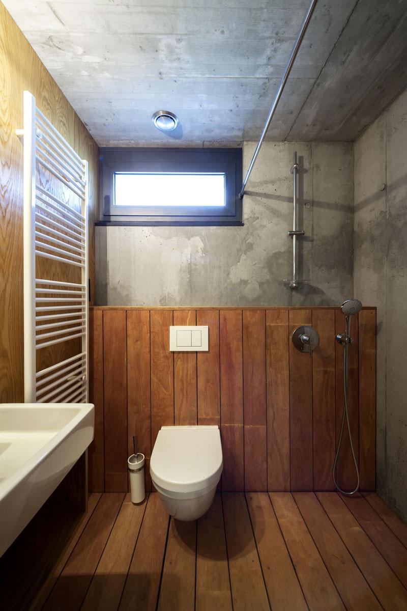 13 suterén kúpeľňa