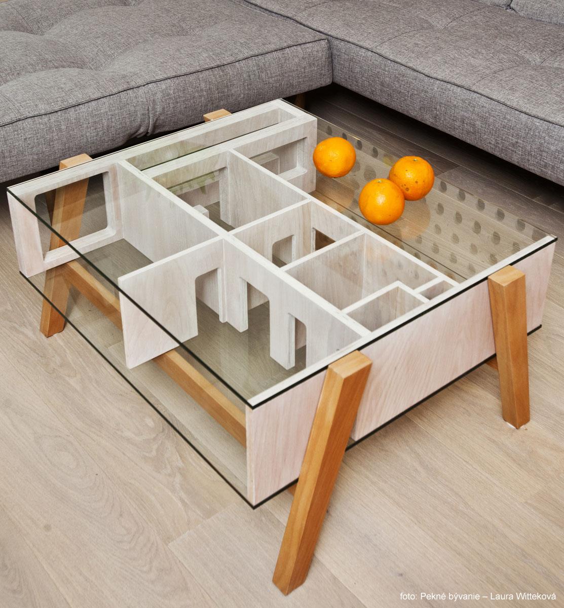 14 obývačka stolík 1