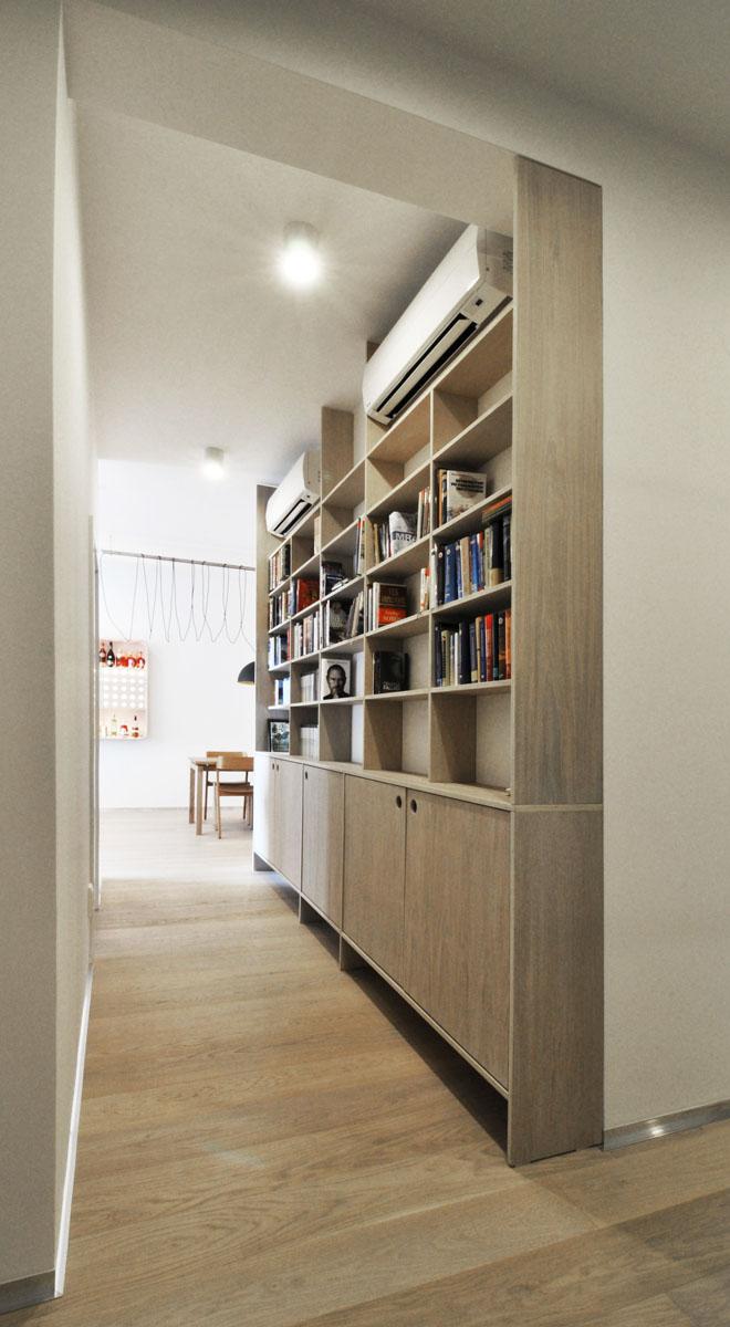 12 chodba knižnica