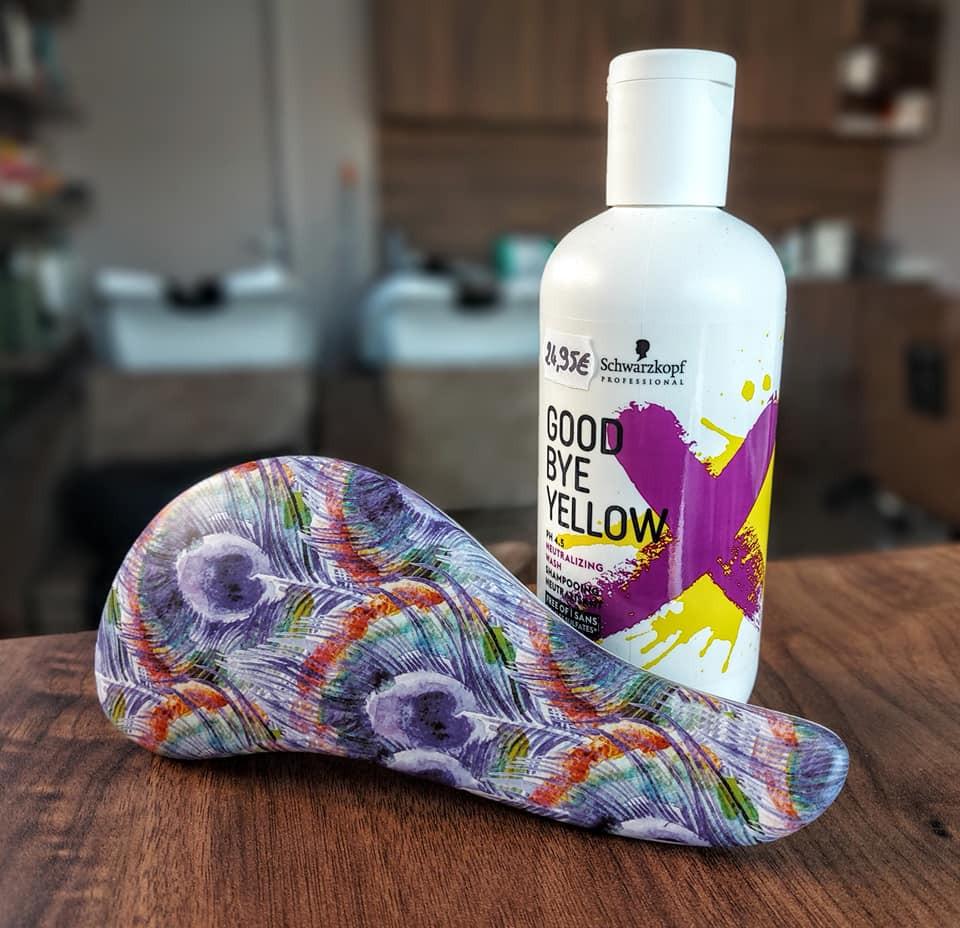 Borsel veren / Good bye yellow shampoo