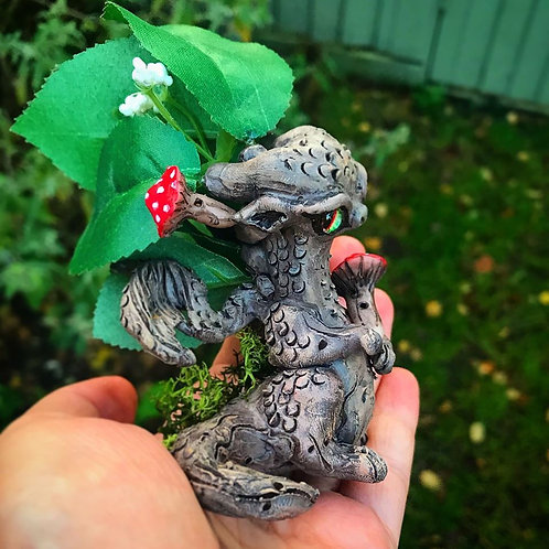'Mossion' - the leafy mushroom root dragon