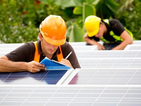 Porque existem projetos de energia solar bem mais baratos que outros?