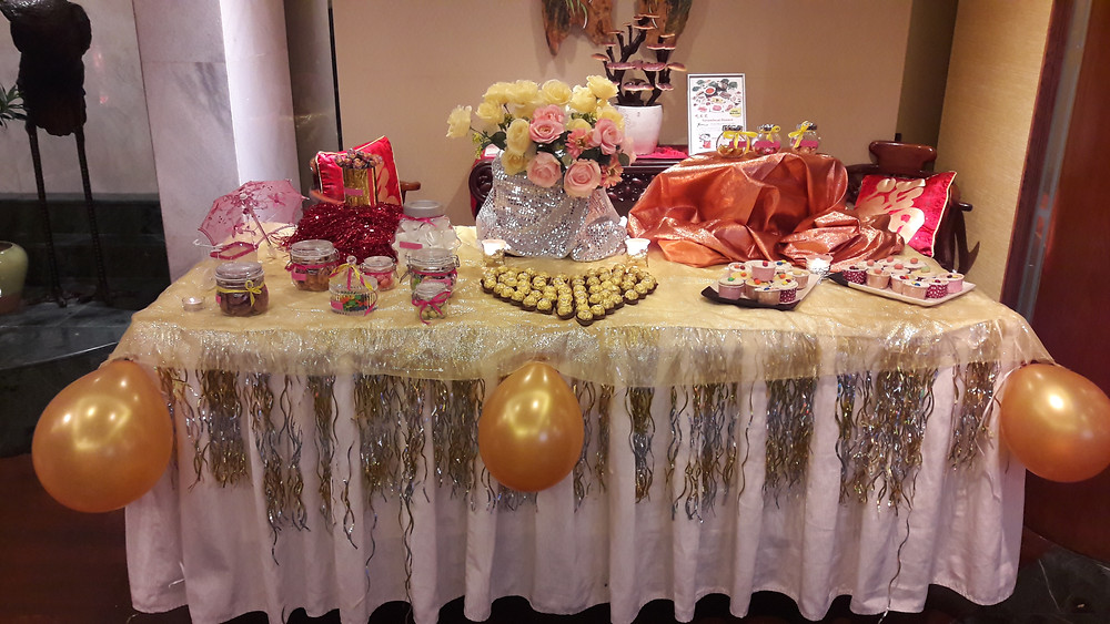 hahaphotobooth FREE candy buffet