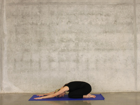 Yoga Heals: Postures for Stress, Anxiety and Depression