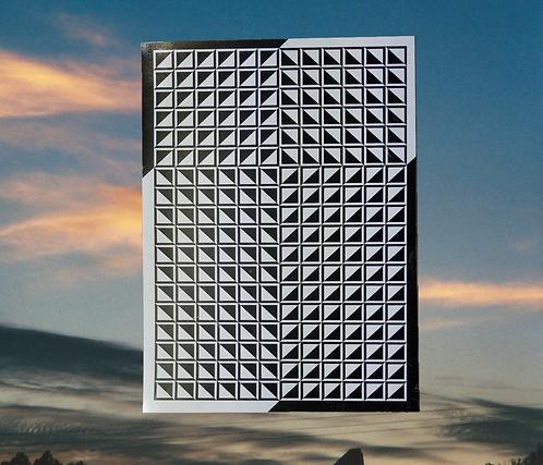 Arrow-Tip Cross of Jesus Magnet.  6x4