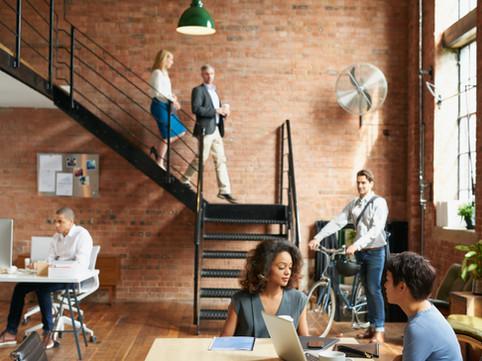 Seis maneiras pelas quais seu escritório será diferente em 2021, supondo que você volte a ele