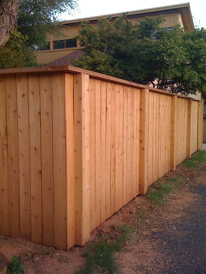Double-faced-fence-with-boxed-post-e1415