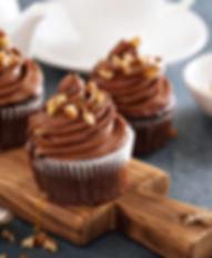 Cupcake de chocolate con mousse de chocolate y semillas. Libre de Azúcar. Apto para diabeticos. Endulzado con Stevia.