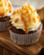 Cupcake de chocolate con lustre y caramelo. Libre de Azúcar. Apto para diabeticos. Endulzado con Stevia.